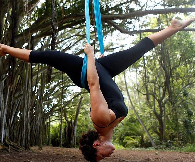 aeriel-yoga