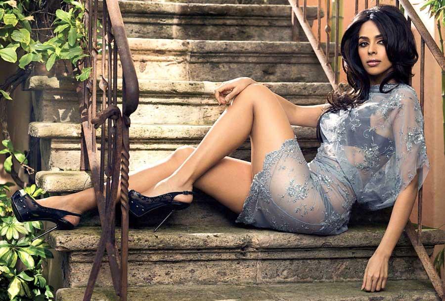 32. Mallika Sherawat