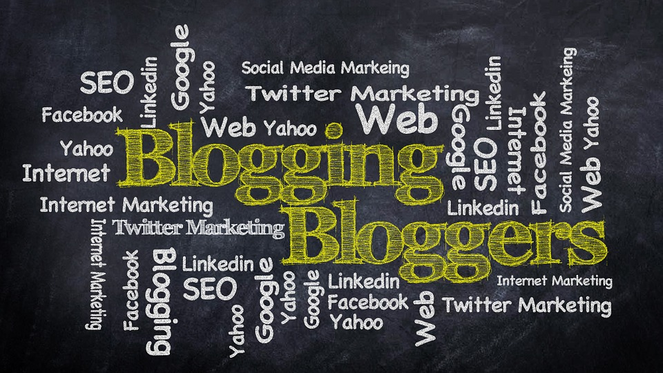 Web Marketing Strategy: Should You Go For Articles? Or Blogs Will Be Better?