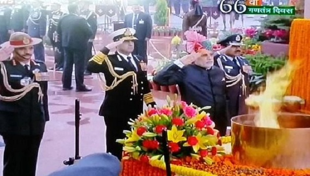 Pm at amar javan jyoti